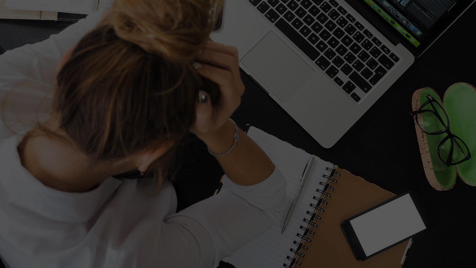lei que proíbe uso de celular no trabalho